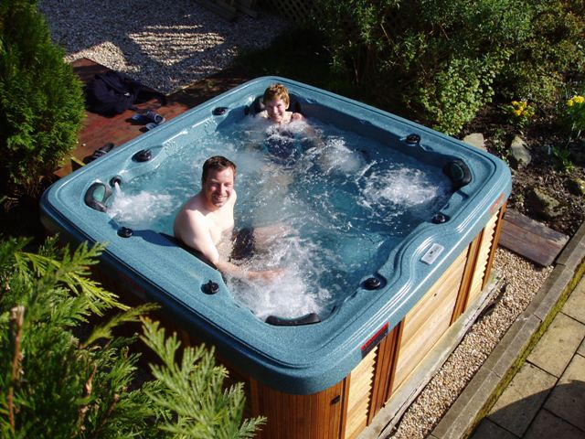 Spas hot tub spa jacuzzi - Spa o hot tub ...